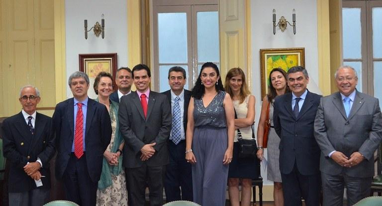 Dirigentes da UNIRIO e da ULisboa durante a reunião desta sexta-feira (Foto: Comso)