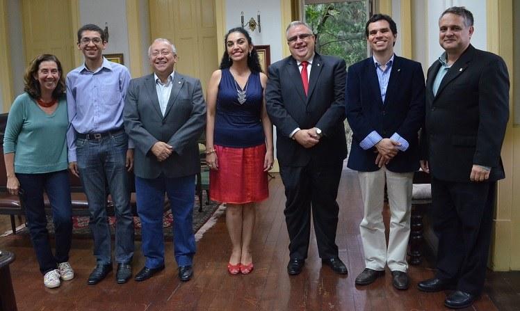 Da esquerda para a direita: Mônica Vale; Jonathan Guedes; Luiz Pedro San Gil Jutuca; Liliana Vargas; Marcos Moutinho; Ricardo Cardoso e Alcides Guarino (Foto: Comso)