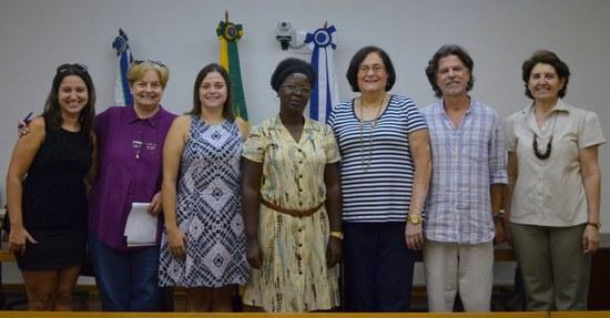 Participantes da reunião discutiram sobre desafios educacionais (Foto: Comso)