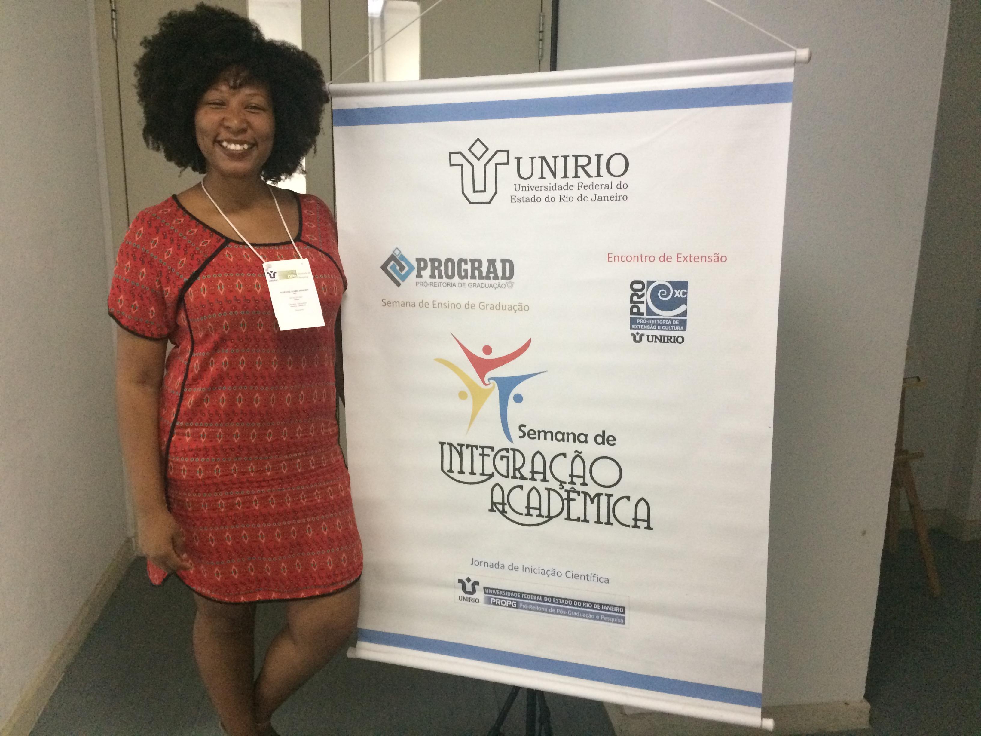 Roselene Miranda apresentou estudo sobre alunos do programa de Educação de Jovens e Adultos (Foto: Comso)