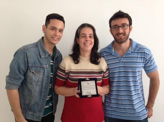 Grupo vencedor do prêmio na área de Bioquímica e Biofísica Computacional (Foto: divulgação)