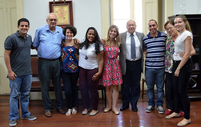 Alunos irão estudar em universidades de diferentes regiões da Espanha (Foto: Comso)