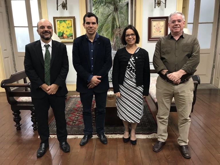 Da esquerda para a direita: Carlos Frederico Rocha, Ricardo Cardoso, Denise Pires Carvalho e Benedito Adeodato (Foto: Comso)