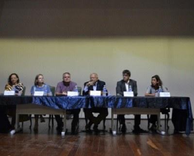 Mesa de abertura - Evento de Recepção aos alunos ingressantes - Auditório Vera Janacópulos