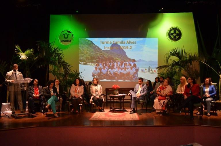 Autoridades da UNIRIO e da EEAP participaram do evento (Foto: Comso)