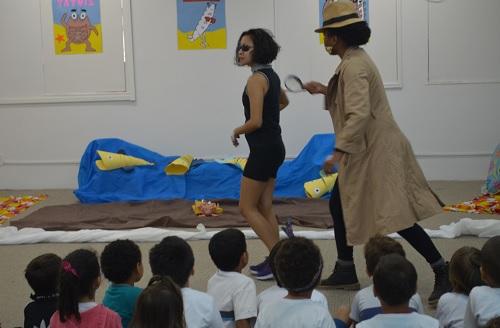 Biblioteca Central recebe vice-reitor Ricardo Cardoso para encontro com o autor (Imagem: divulgação Comso)