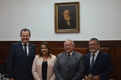UNIRIO sedia 13° Encontro do IESALC/Unesco (imagem: Comso)