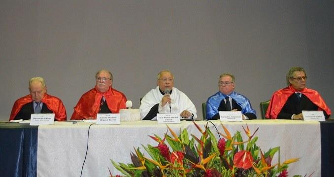 Da esquerda para a direita: Bernardo Cabral, Wander Bastos, Luiz Pedro San Gil Jutuca, Benedito Adeodato e Técio Lins e Silva (Foto: Comso)