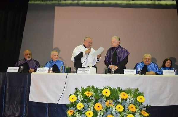 Da esquerda para a direita: Domício Proença; Luiz Amâncio Machado de Sousa Jr.; Luiz Pedro San Gil Jutuca; Arnaldo Niskier; Carlos Alberto Serpa e Nélida Piñon (Foto: Comso)