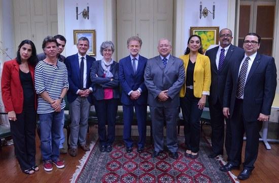 Representantes da UNIRIO e da Universidade de Bolonha (Imagem: Comso)