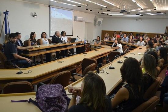 O reitor Luiz Pedro San Gil Jutuca abriu o evento na manhã desta sexta-feira (Foto: Comso)