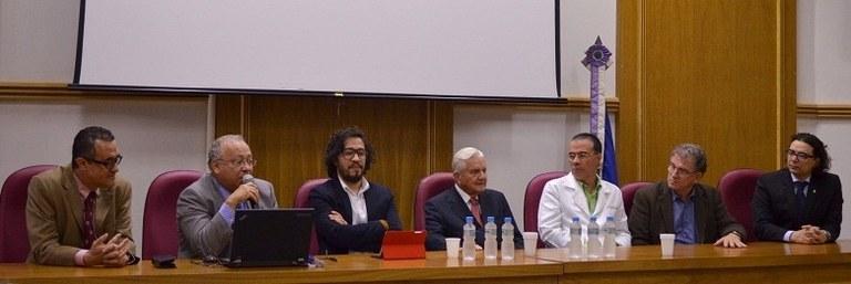 Autoridades da UNIRIO participam da abertura da aula inaugural (Foto: Comso)