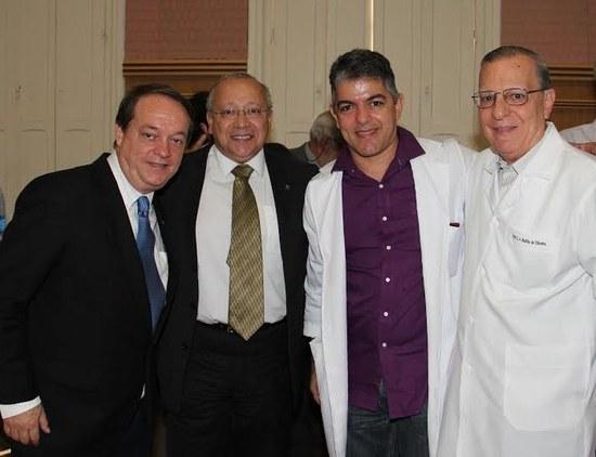 A partir da esquerda: Fábio Mesquita, o reitor Jutuca, Fernando Ferry e Carlos Alberto Basílio (Foto: PPGHIV/HV)