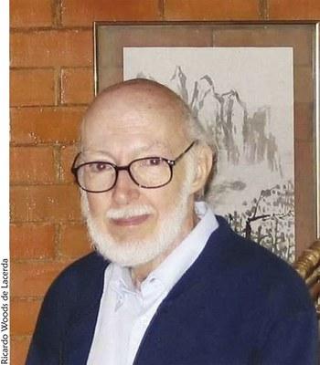 Prof. Carauta - foto da capa corrigida