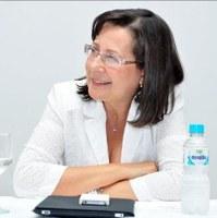 Professora da UNIRIO publica texto sobre violência