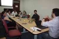 Diretor e Chefes de departamento conversam sobre diversos aspectos do Instituto em reunião da Comissão Consultiva do IB