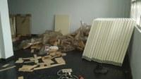 Iniciada montagem de mobília da sala de informática do IB