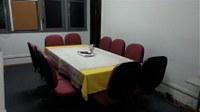 Substituídas as cadeiras da sala de reuniões do IB (A-206)