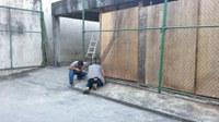 Iniciada a remoção das grades do estacionamento coberto