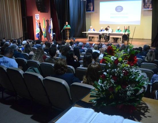 Auditório Vera Janacópulos durante a cerimônia (Foto: Comso)