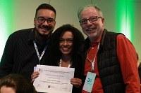 Alunos de Biomedicina são premiados em congresso de mutagênese e genômica ambiental