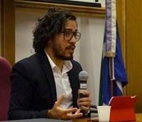 Deputado Jean Wyllys ministra aula inaugural no PPGHIV/HV