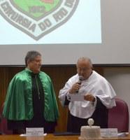 Docente Eduardo Pamplona Bethlem, da Escola de Medicina e Cirurgia, recebe título de professor emérito