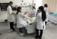 Laboratórios da UNIRIO capacitam profissionais da saúde em ambiente de simulação de Covid-19