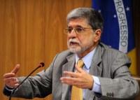 Relações entre Brasil e África serão tema de conferência com ex-ministro Celso Amorim