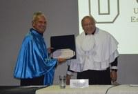 UNIRIO concede título de professor benemérito a Franklin Leal